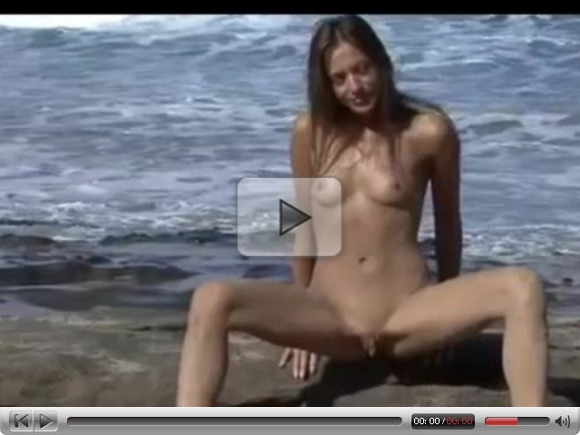 Nude Beach – Hot Brunette Video Shoot