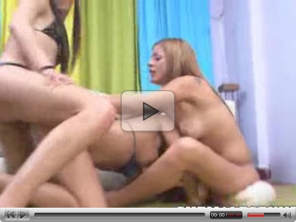 Awesome Threesome Shemales Cumshots