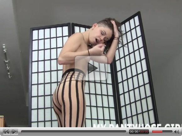 Jerk off my hot new pantyhose JOI
