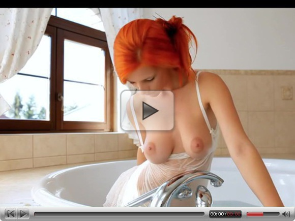 SEXY REDHEAD IN THE SHOWER